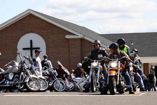 Line Lexington biker
